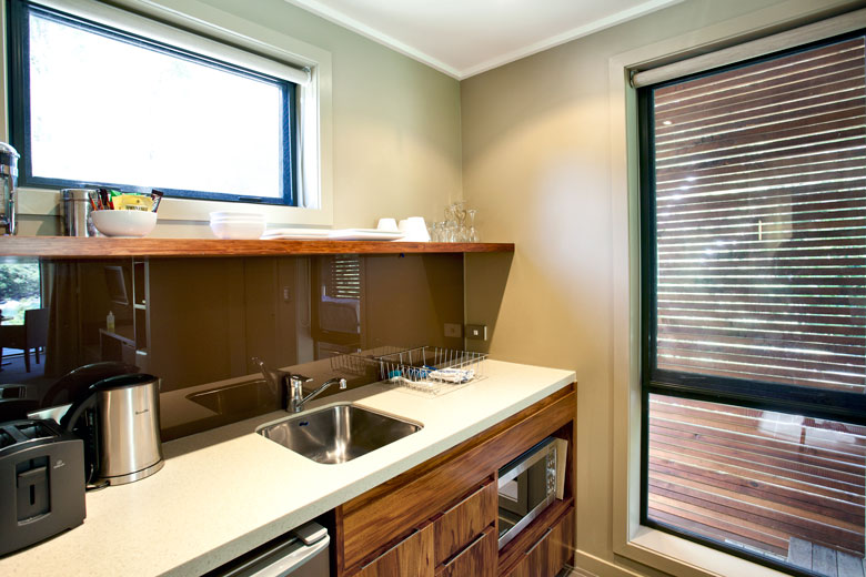 Lodge room's kitchen bench