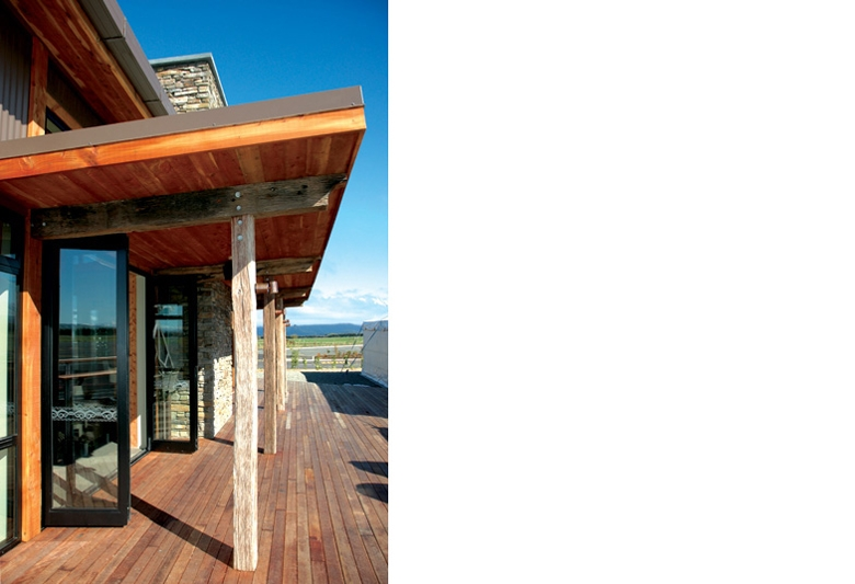 Outdoor deck at the Te Anau airport