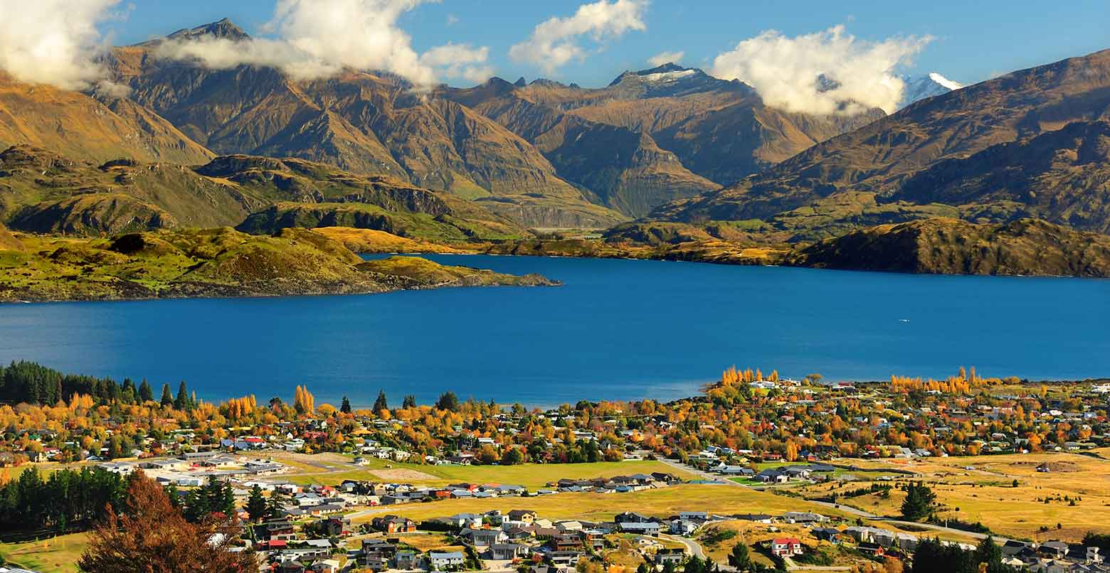 Beautiful photo of Lake Wanaka, New Zealand