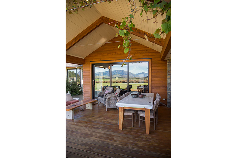 Outdoor living area, Ballantyne Road Wanaka