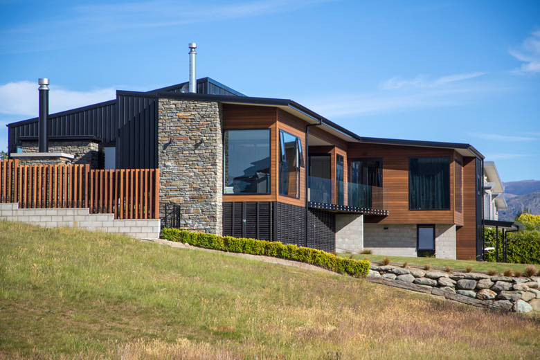 Side profile of house in Wanaka