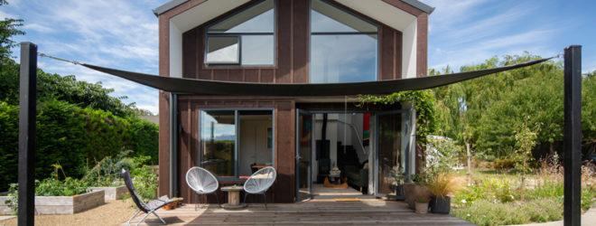 Photo of house patio and sun shade sail